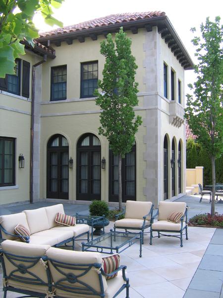 Winnetka Residence – Outdoor lounge