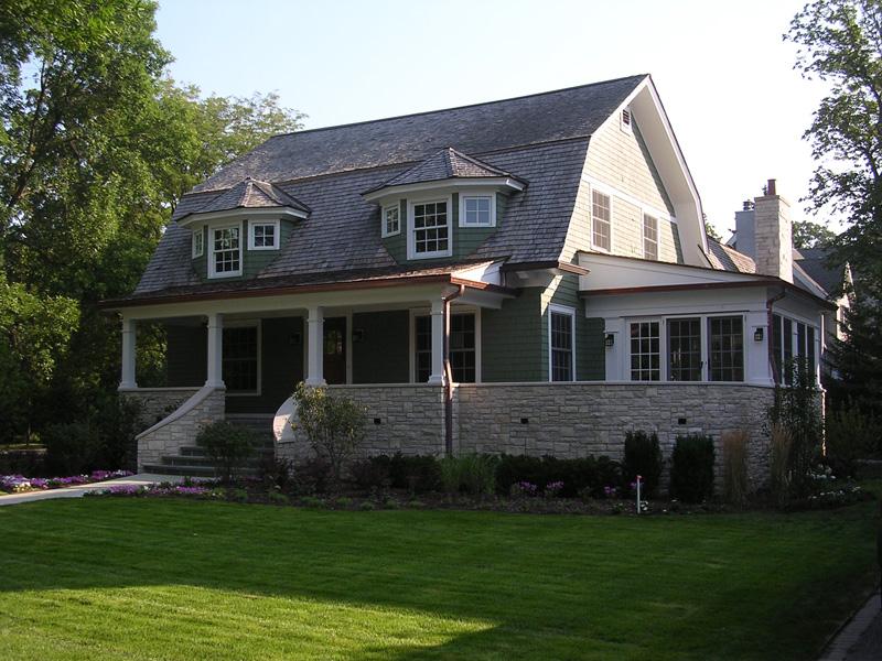 249 Cumnor - Front Façade and Porch