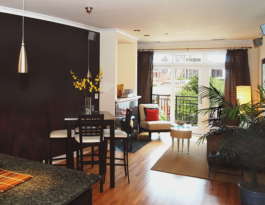 2700 N Halsted - Typical unit dining and living areas