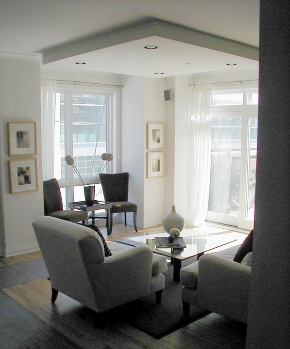 2700 N Halsted -Sitting Room