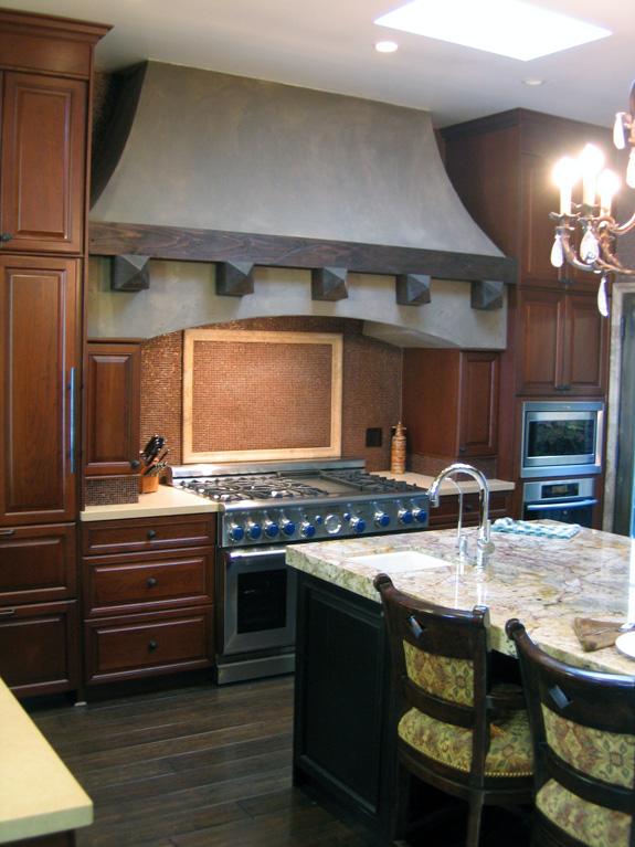 San Francisco Residence - Kitchen with island bar