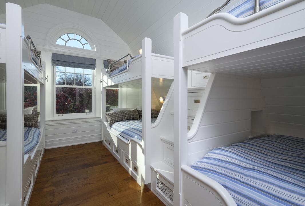 Marlowe - Bunk Room