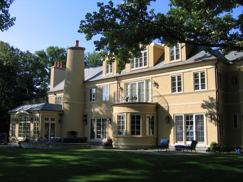 Kenilworth Residence - Facing Lake Michigan Shore