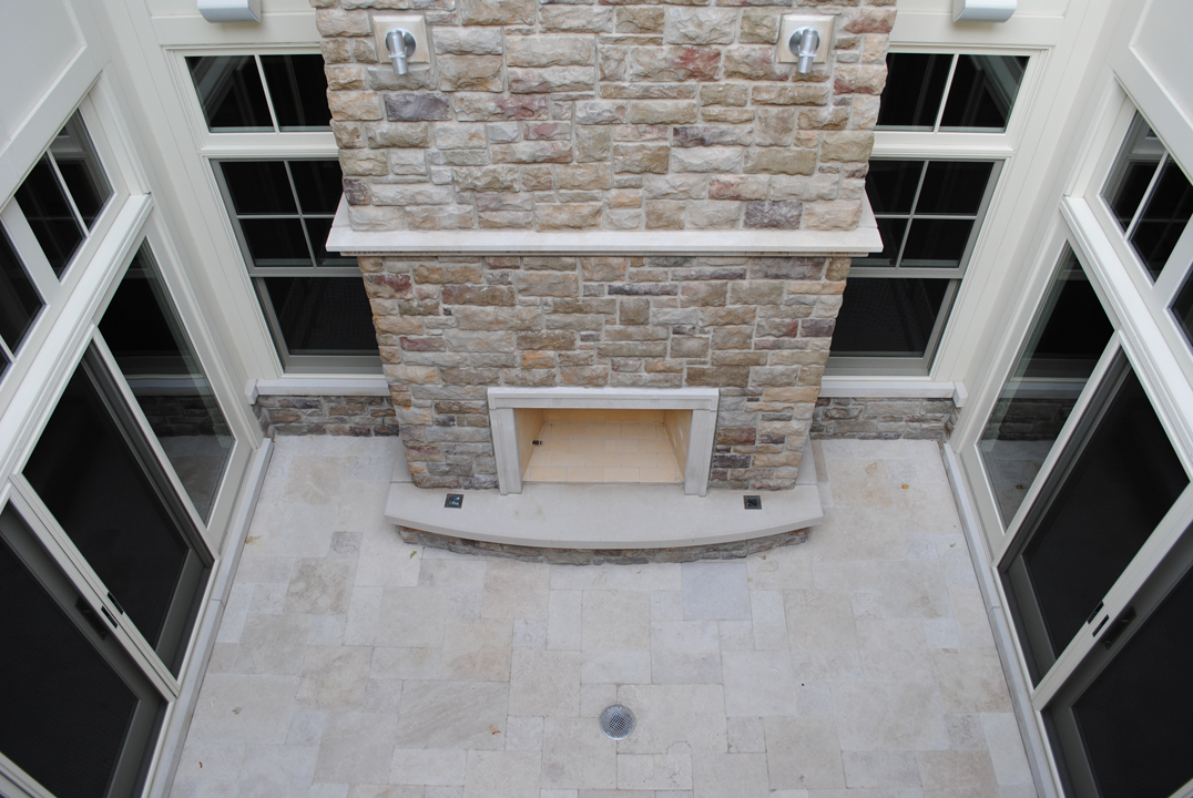 Paulina Residence - Courtyard Fireplace