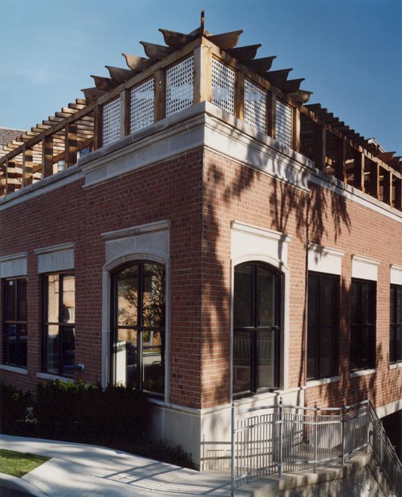 Winnetka Galleria - Corner