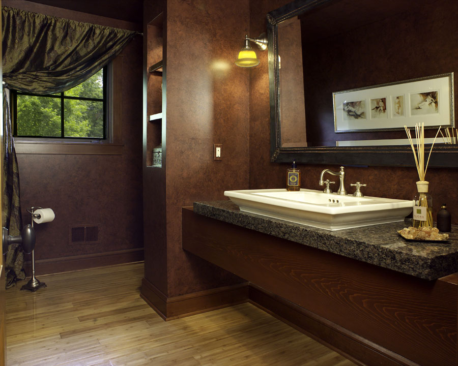 5905 Upper Straits - Powder room