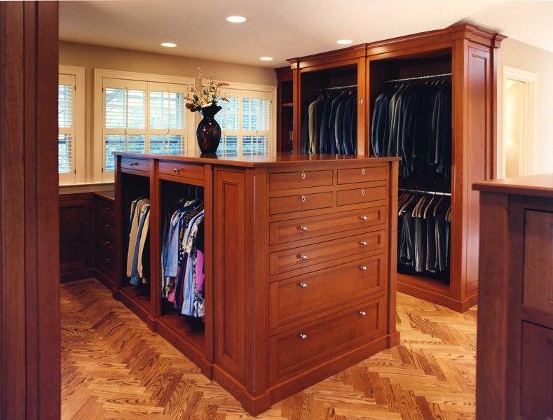 78 Woodley - Master Suite Closet