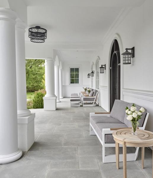 Villa Blanco_Front Porch