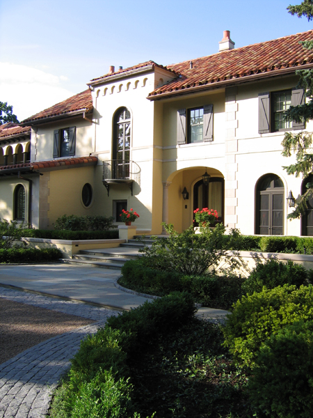 Winnetka Residence - Front Entrance