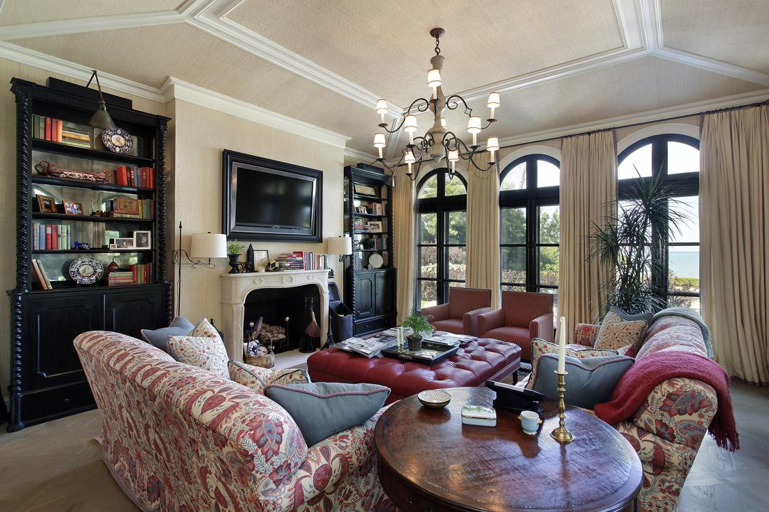 Winnetka Residence - Family Room
