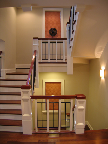 3438 Greenview – Stair with art niches